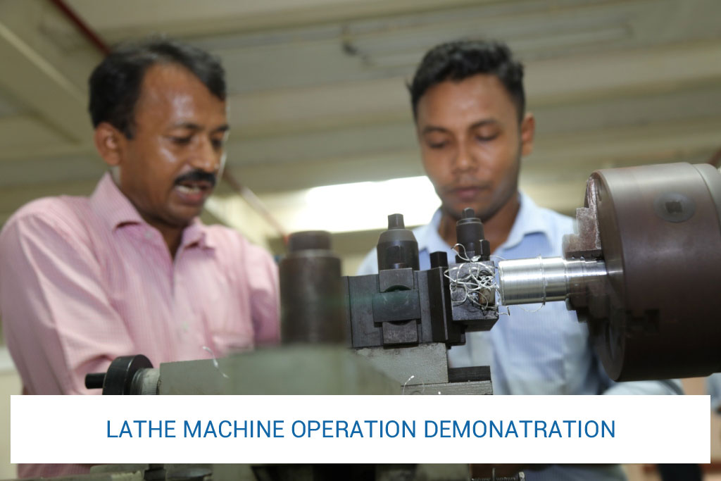 lathe-machine-operation-demonatration